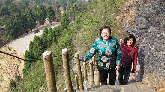 Wendy Wei Tours - Day Tour: Ascending Xianggong Mountain, Yangshuo