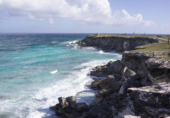 Punta Sur Outlook