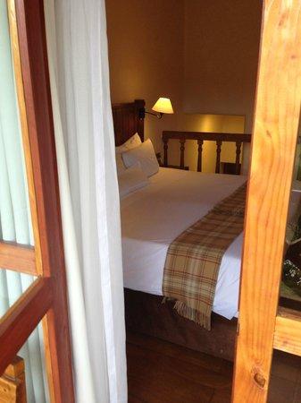 Casa Andina Premium Valle Sagrado: View from Deck into Bedroom