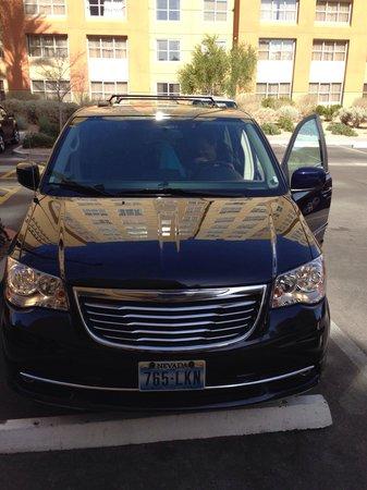 The Grandview at Las Vegas: Con auto a la puerta!!!! Me encanto.