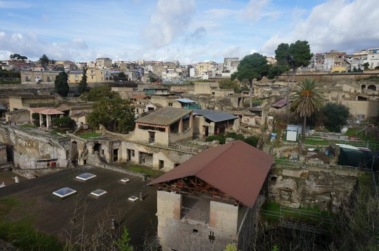 Ruins of Herculaneum: Overview