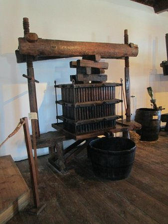 Museu do Vinho : prensa