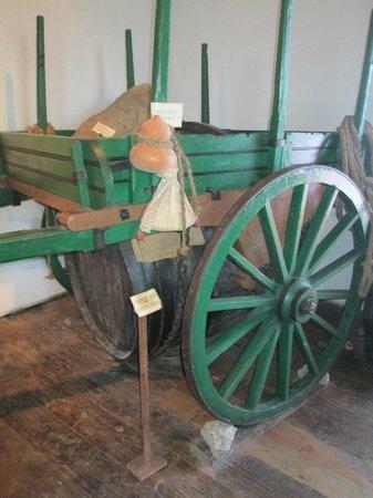 Museu do Vinho : carro de tração animal