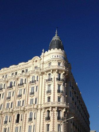 InterContinental Carlton Cannes: L'hôtel vu de la Croisette