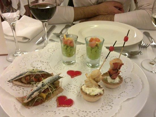 La Hacienda De Don Juan: cocina muy innovadora puro arte en la presentación de los aperitivos.