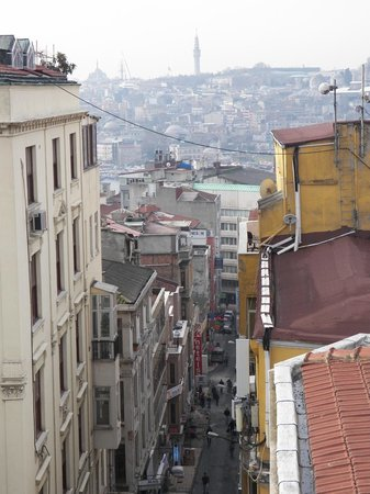 Louis Appartements Galata: Socak view from the terrace