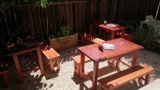 El Gourmet : Back patio