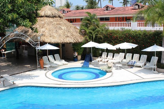 Sands Acapulco Hotel & Bungalows: ALBERCA Y CHAPOTEADERO