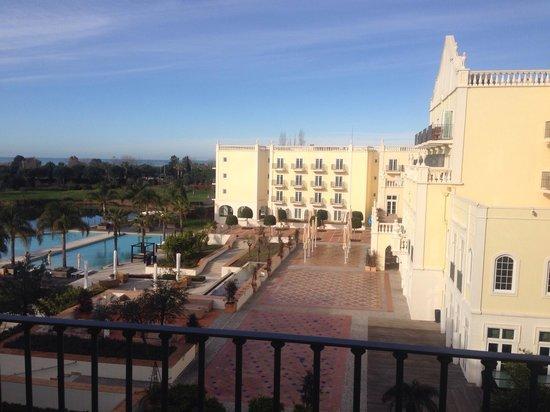 Blue & Green The Lake Spa Resort : Sea view room