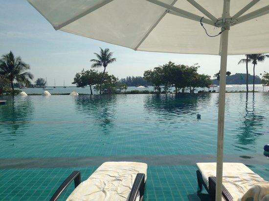 The Danna Langkawi: Pool - Sea View