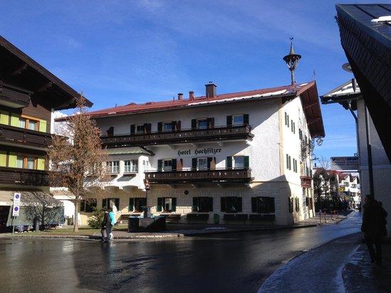AktivHotel Hochfilzer: Direkt neben dem Hotel, mitten im Ortskern