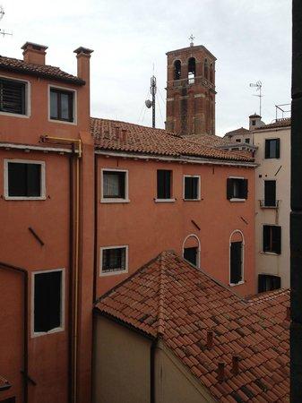 Gorizia a la Valigia: Vue de la chambre