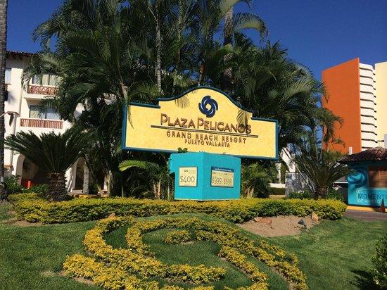 Plaza Pelicanos Grand Beach Resort: The Symbol of Pelicanos