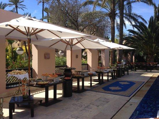 Club Med Marrakech La Palmeraie: Buffet au bord de la Piscine