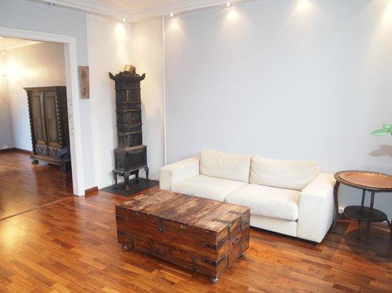 Almenningen Guesthouse and Apartments: Livingroom