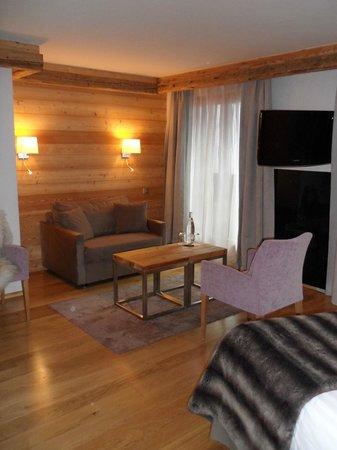 Hotel Au Coeur du Village: Suite