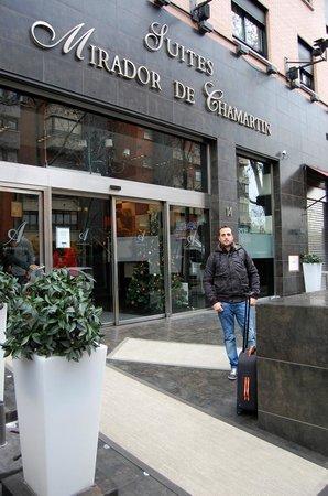Hotel Mirador de Chamartín: Puerta del hotel