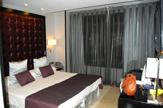 Hotel Mirador de Chamartin : Habitación pequeña pero nueva y muy confortable