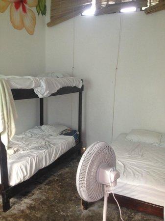 Poc-Na Hostel: Habitación 3 plazas