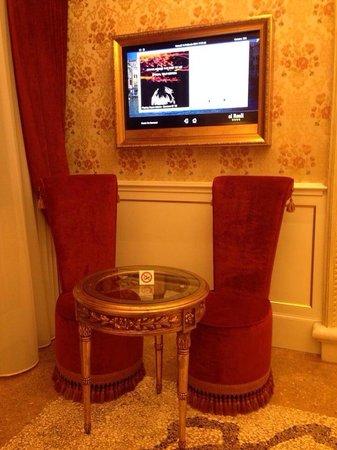 Hotel Ai Reali di Venezia: Standard room, beautiful !