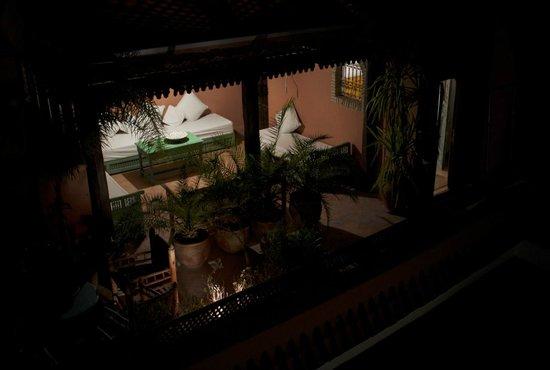 Riad de l'Orientale : Sun terrace at night
