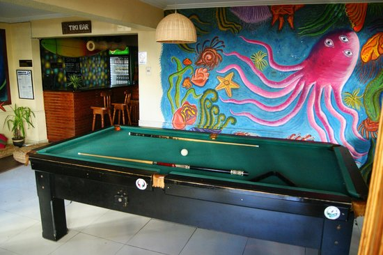 Backpacker's Hostel Iquique: Pool table