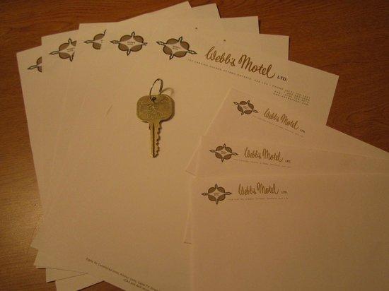 Webb's Motel: 100 % Rétro papier à lettre et clef en métal
