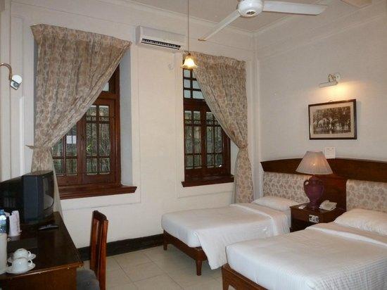 Hotel Suisse: Notre chambre