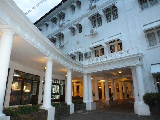 Hotel Suisse: L'hôtel Suisse