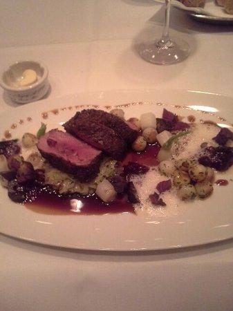 Restaurant Le Faubourg: Hauptspeise Reh - Season special
