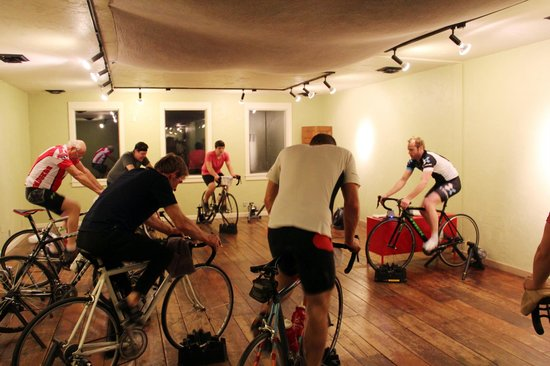 CamRock Cafe and Sport: Offer Indoor Cycling Class