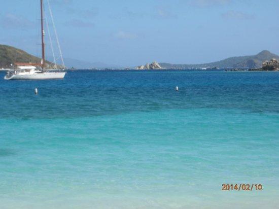 Peter Island Resort and Spa: White Bay Beach