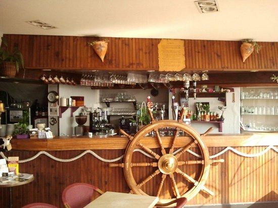 Au comptoir de la baie: La bar