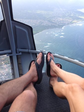 Sunshine Helicopters: Mr and Mrs Feet! ,-)