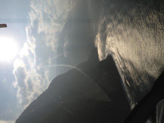 Sunshine Helicopters Maui: Beautiful tour!