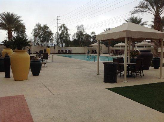Eastside Cannery Casino & Hotel : zwembad