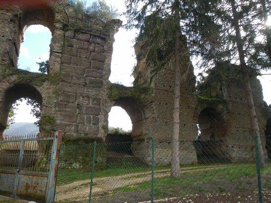 Acquedotto Acqua Marcia.Ponte Lupo Foto Di Associazione Culturale La Sindrome Di