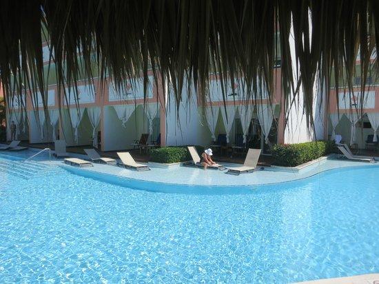 The Royal Suites Turquesa by Palladium: 5705 Corner Swim Up from across pool