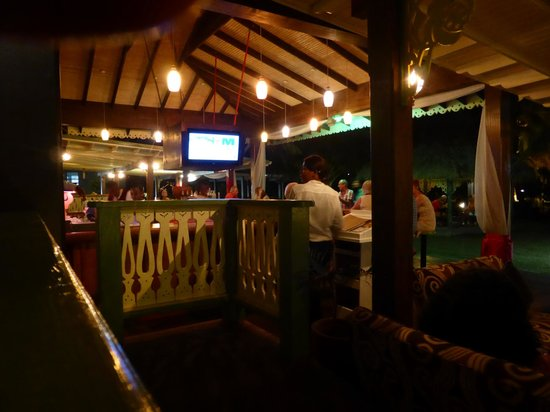 Coco Palm Resort : The bar