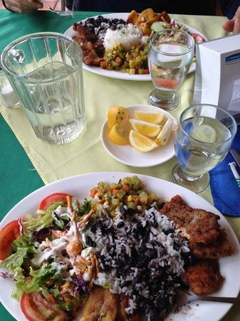 Los Lagos restaurant: This is the casado plate after I mixed the rice and beans together.  Oh so delicious with the tr