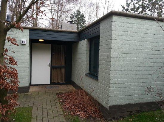 Center Parcs de Eemhof: Eingang - Cottage 418