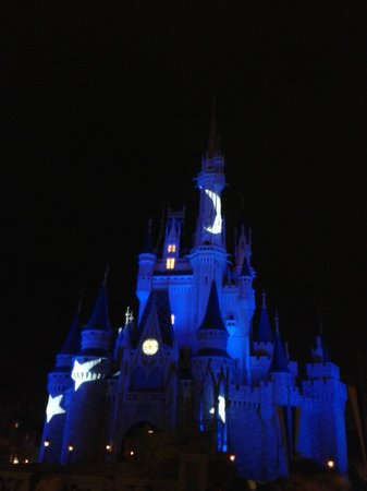 Magic Kingdom: El castillo de noche