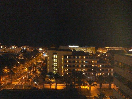 Hotel Zentral Center: Vista Nocturna
