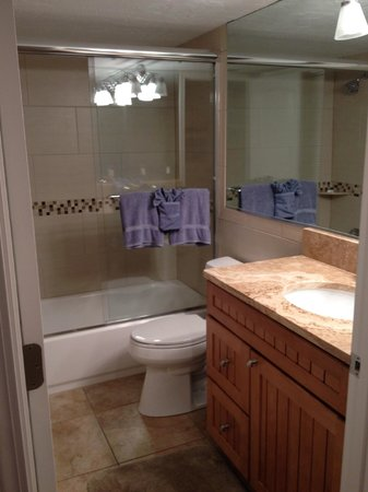 Siesta Sands Beach Resort: Bathroom #2