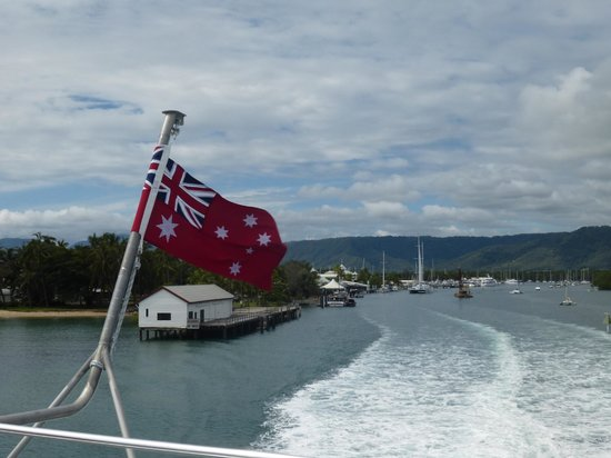Agincourt Reef : leaving port douglas