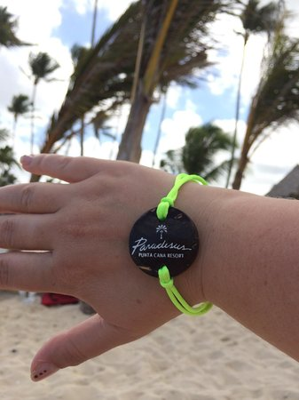 Paradisus Punta Cana Resort: Our bracelet while on the beach