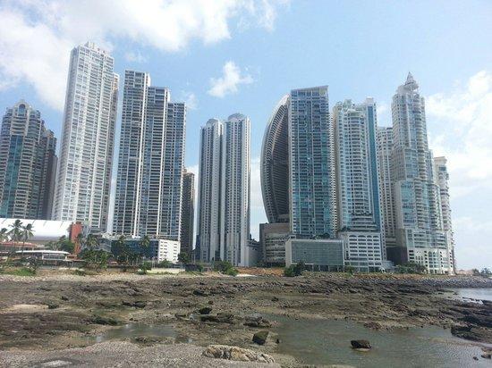 Almiza Tours by My friend Mario: Downtown Panama