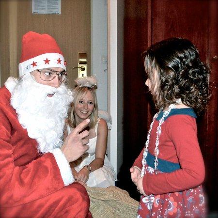 Robinson Club Schweizerhof: Santa pays a visit on Christmas Eve