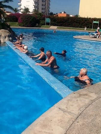 Sea Garden Mazatlan: water aerobics