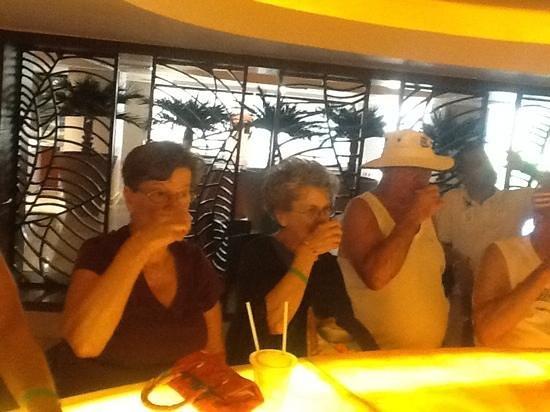 Sea Garden Mazatlan: mixology class